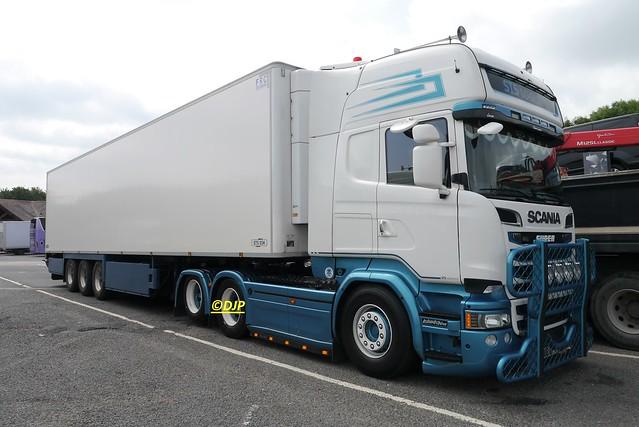 Scania R580 - Clacket Lane