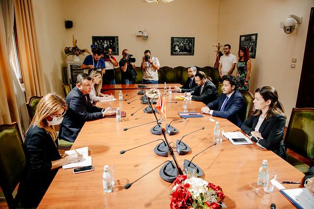 Dritan Abazović - predsjedavajući parlamentarne grupe vladajuće Socijalističke partije Albanije, Taulant Balo