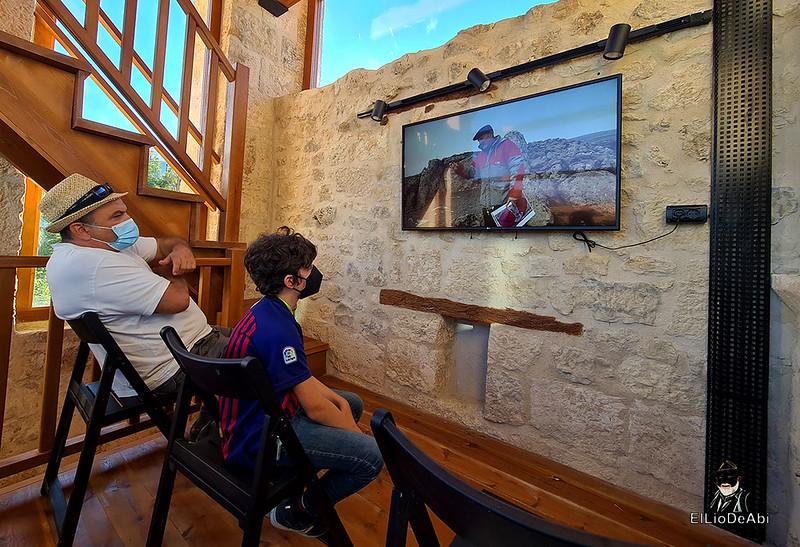 Visita guiada al dolmen El Pendón y su Museo en Reinoso (15)