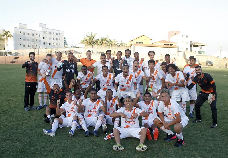 21-07-17 - Mineiro 2021 - Sub-20 - Coimbra2x0Santarritense - f - Henrique Chendes (115)