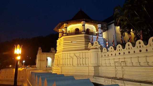 Sri Lanka Kandy Sri Dalada Maligawa Zahntempel