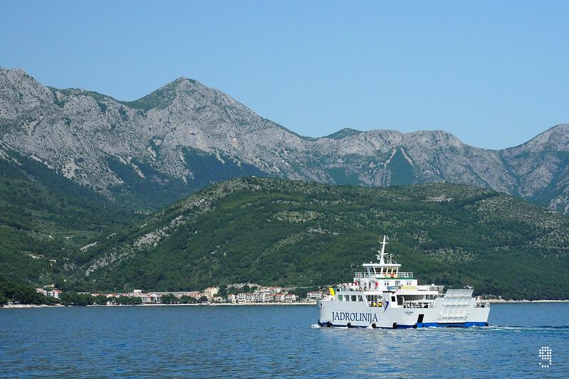 Jadrolinija 是克羅地亞最大的海上客運和車輛渡海輪公司,擁有一百多年的歷史。