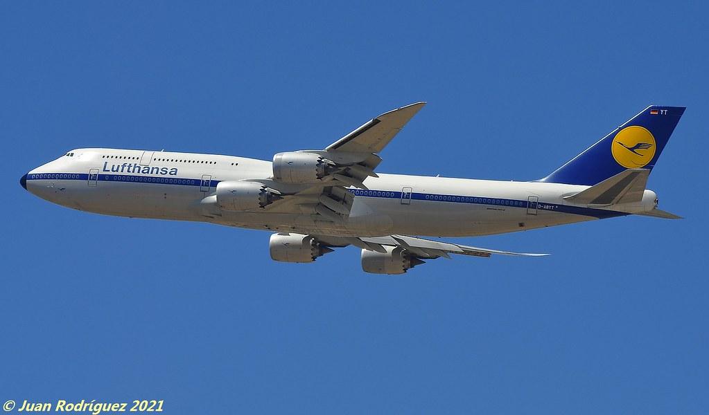 D-ABYT - Lufthansa - Boeing 747-830 - PMI/LEPA