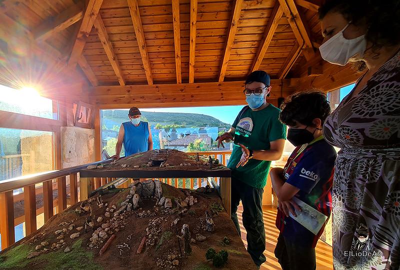 Visita guiada al dolmen El Pendón y su Museo en Reinoso