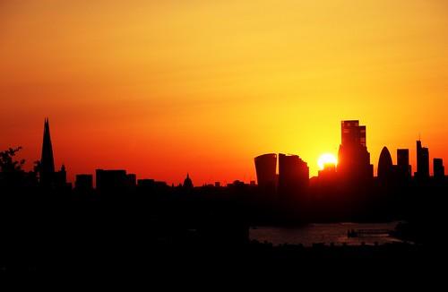 sunset london sky thames river city england uk