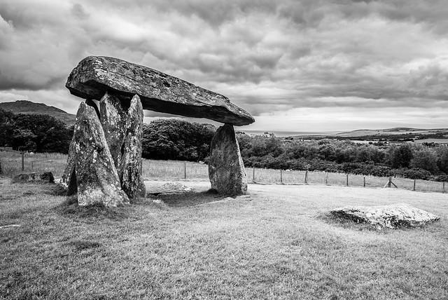 L2021_2188 - Pentre Ifan Burial Chamber - Pembrokeshire (Explored)