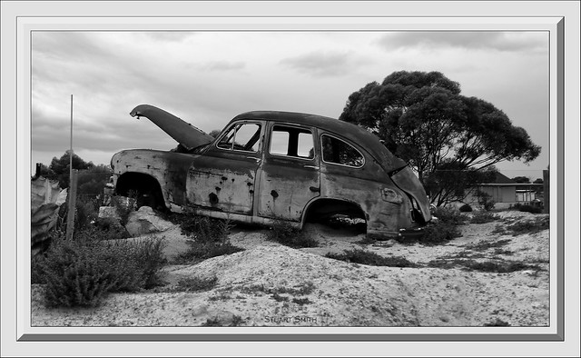 Vanguard Standard 1952, Wave Rock Resort, Hyden, Western Australia