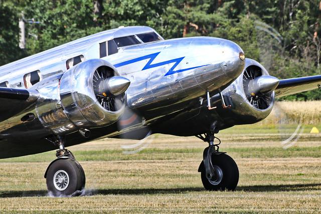 NC18130 Lockheed 12A Electra Junior