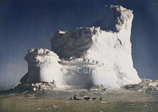 HERBERT GEORGE PONTING (1870-1935) The Castle Berg with dog Sledge 17 - 17 Sep 1911_colorSAI_result