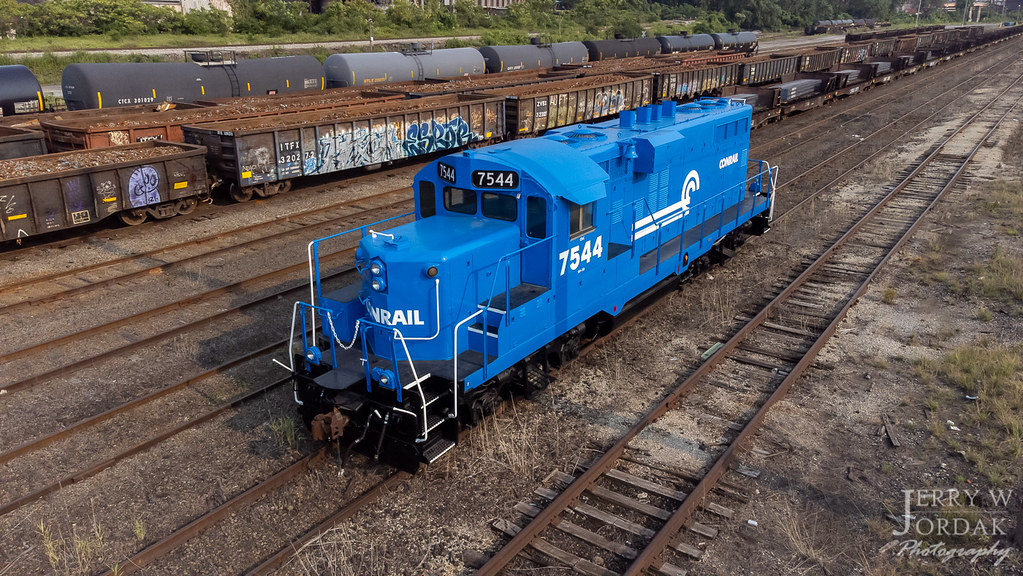 A Great Impersonation of a Conrail GP10