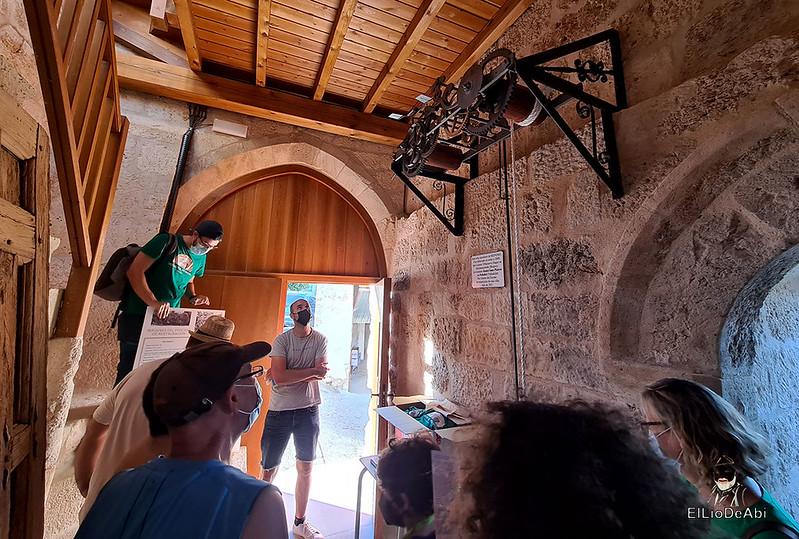Visita guiada al dolmen El Pendón y su Museo en Reinoso (14)