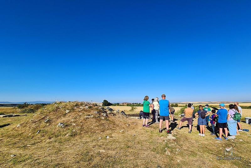 Visita guiada al dolmen El Pendón y su Museo en Reinoso (10)