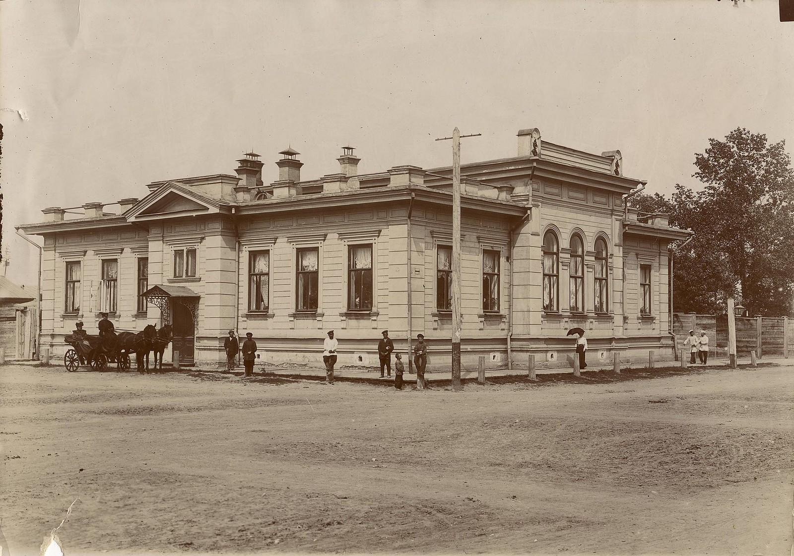 Дом дочери золотопромышленника Евдокии Петровны Кузнецовой. 1895