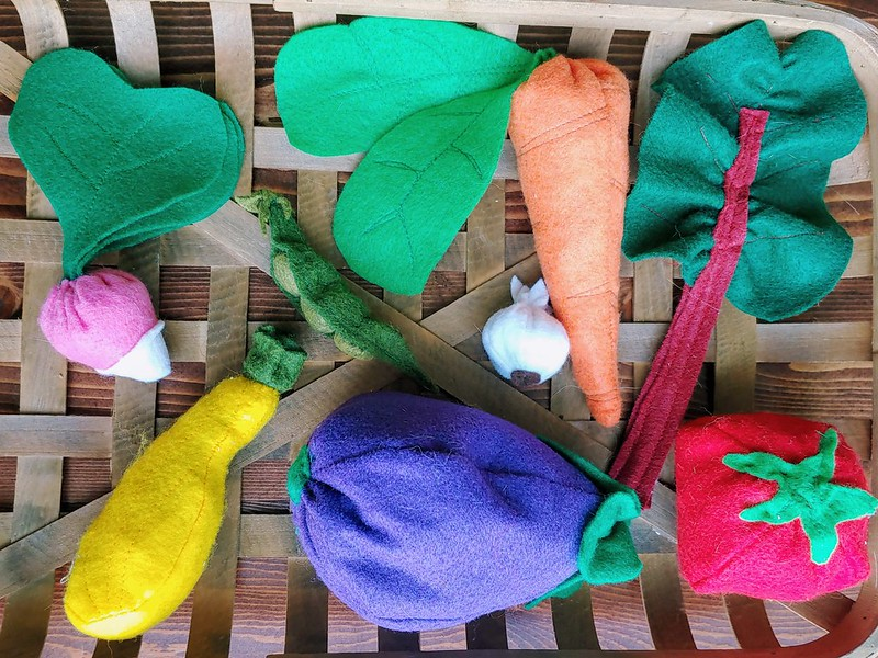 The DIY Felt Vegetable Collection (Asparagus is missing)