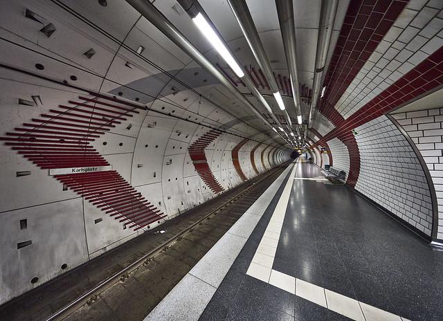 U-Bahnhof Karlsplatz (3)