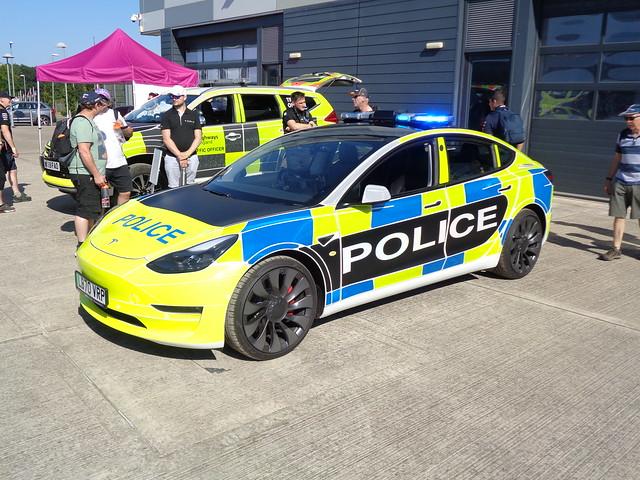 Northamptonshire Police Tesla Model 3 (LB70 VRP)