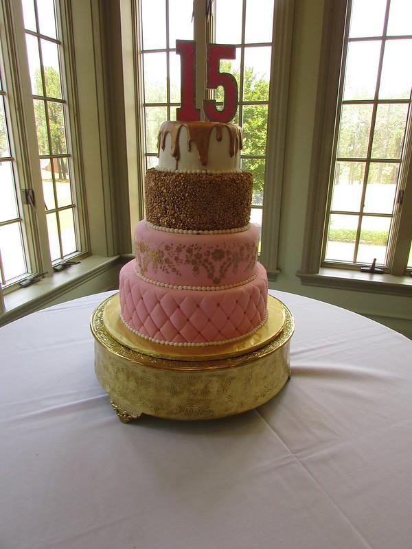 Cake by Iz Good Bakery