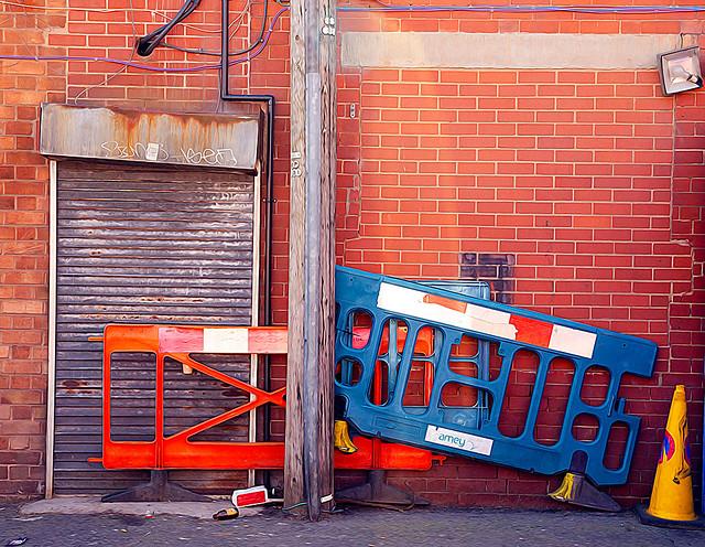 Barriers, Digbeth, 8122