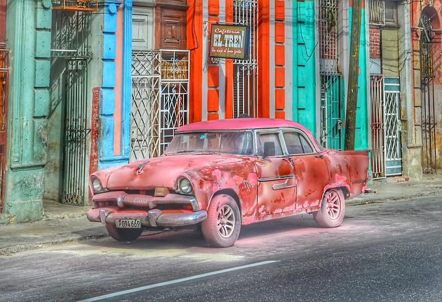 Beautiful rust heap - Cuban classic car in Havana street