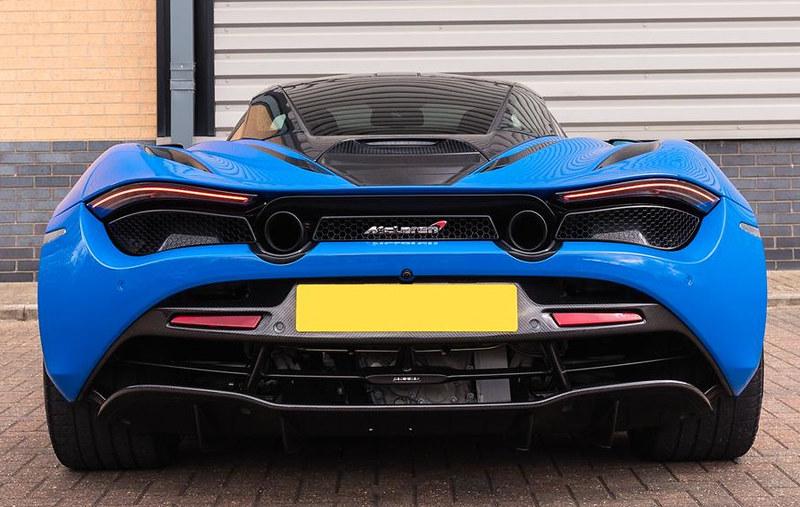 McLaren-720S-8-1