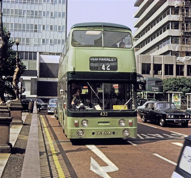 Leeds CT 432, Park Row, Leeds, 1971