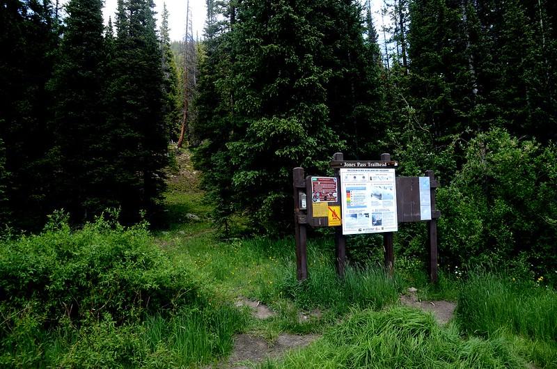 Jones Pass Trailhead