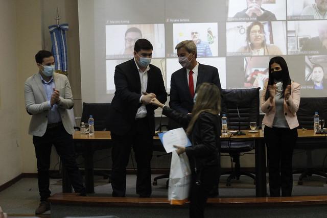 2021-07-20 PRENSA: Entregaron becas estímulo a estudiantes e instituciones sanjuaninas