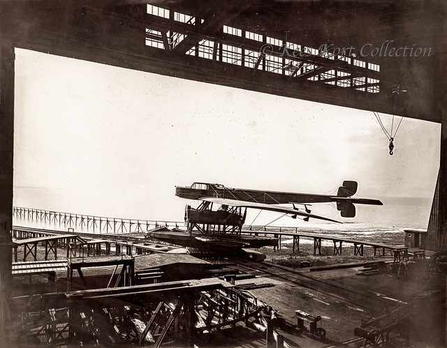 The final Zeppelin-Lindau flying boat realised during the war, the all-metal Rs.IV [Germany, 1918]