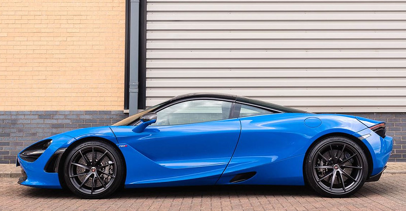 McLaren-720S-6-1