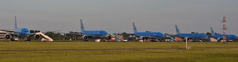 Schiphol-RWY-36R-18L-during-corona