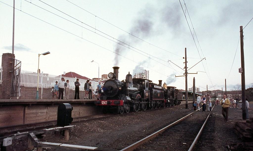 1243 + 381 on Tour Train, Cronulla, NSW.