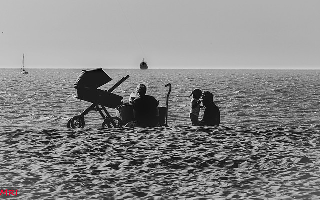 Famille en bord de mer