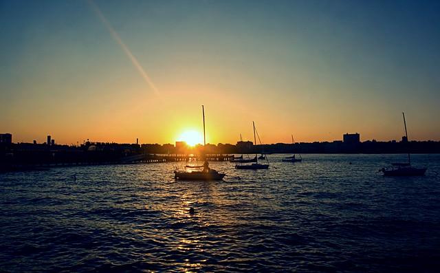 Setting Sun (beam) - Hudson River Park, New York City