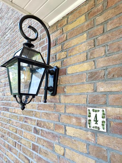 Landelijke klassieke buitenlamp huisnummer 4 groen