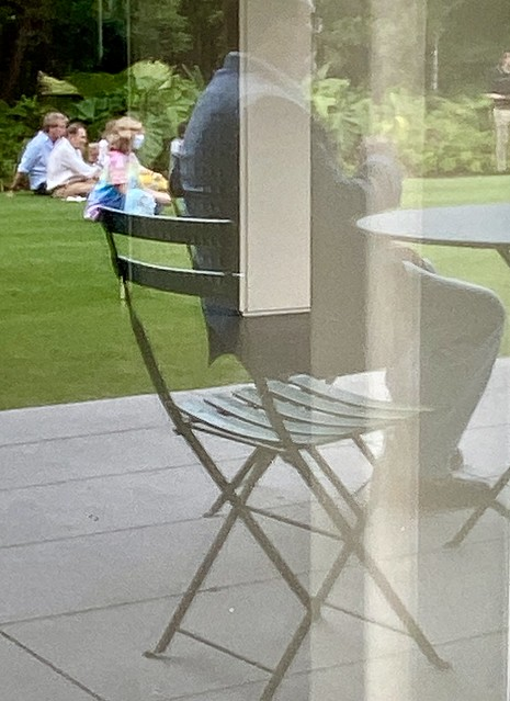 Air seating