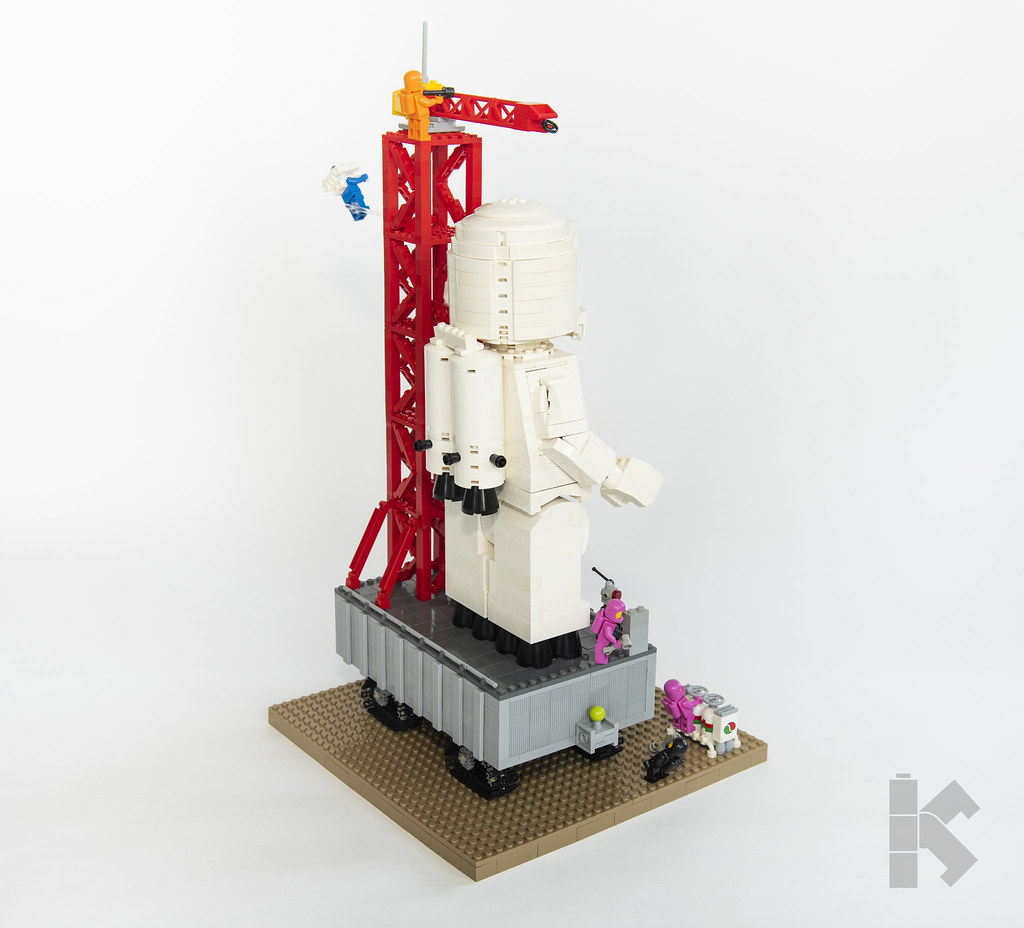 Race to Mars! Minifigure Launch System (MLS)