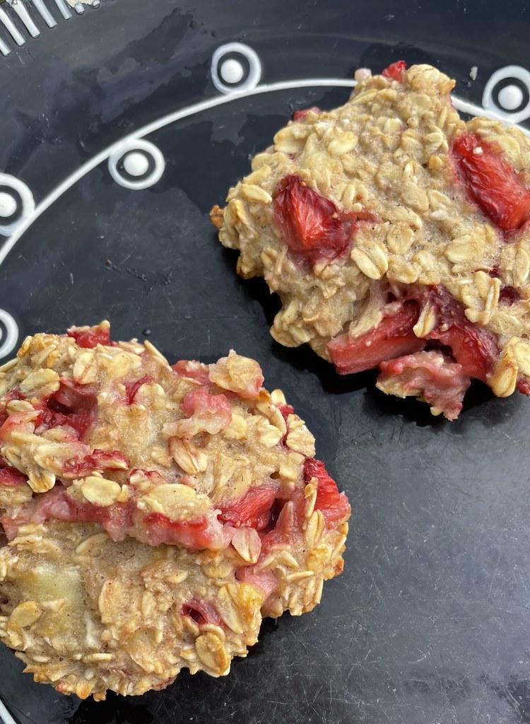 oatmeal berry cookies