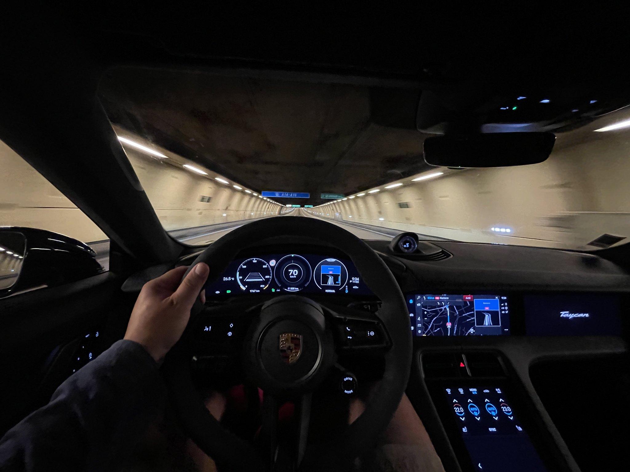 Essai Porsche Taycan Turbo Cross Turismo (2)