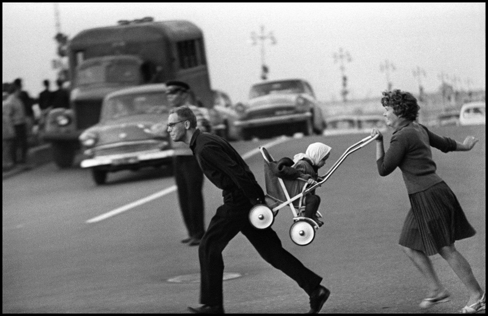 1963. Через проспект