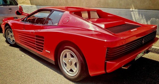 Ferrari testarossa - born in 1984 but still a beauty