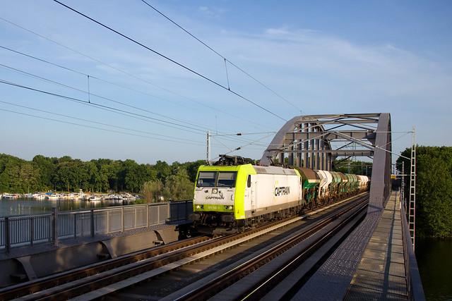Captrain 185 541 + Güterzug/goederentrein/freight train  - Potsdam Templiner Seebrücke