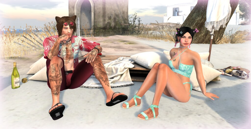 Harry & Loretta chilling at the beach... 2
