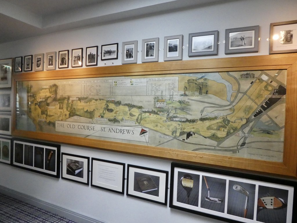 Photos and maps inside the St Andrews Links Clubhouse
