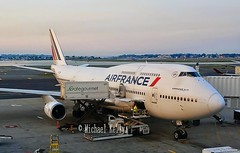 Air France                                        Boeing 747                                    F-GITE