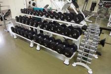 Территория Санатория Ружанский - полный набор гантелей для силовых упражнений