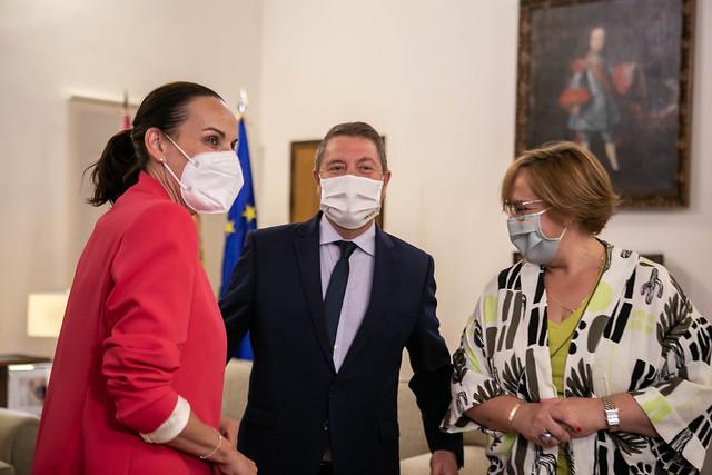 Emiliano García-Page recibe a la alcaldesa de Ciudad Real