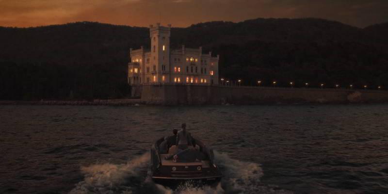 The Hitman's Wife's Bodyguard castle