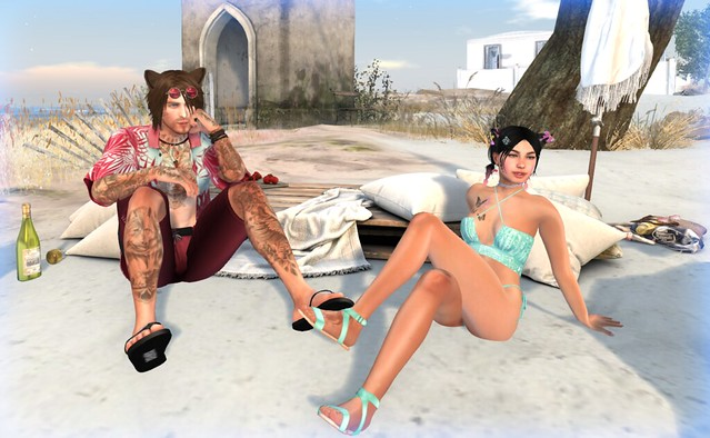Harry & Loretta chilling at the beach... 1