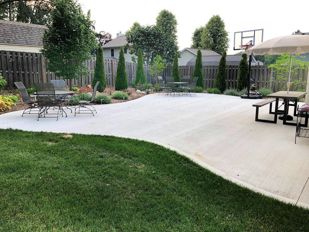 patio and basketball area