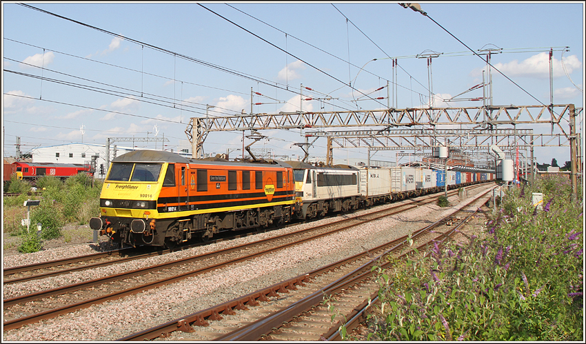 90014 & 90009, Rugby